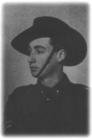 Photograph of Albert Edward Matthews at 18, on his way to Gallpoli